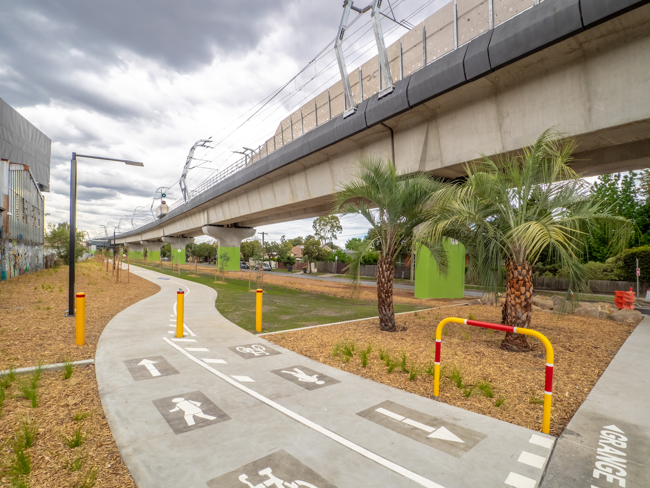 LX Area 1 Linear Park – Koorang to Grange Road